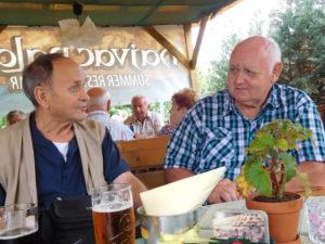 11Š. Chňapek a Š. Pomsahár v družnej besede